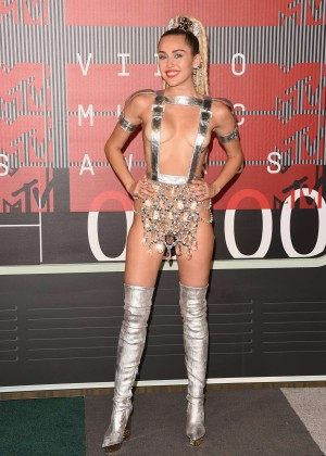 Miley Cyrus: 2015 MTV Video Music Awards in Los Angeles [adds]-68